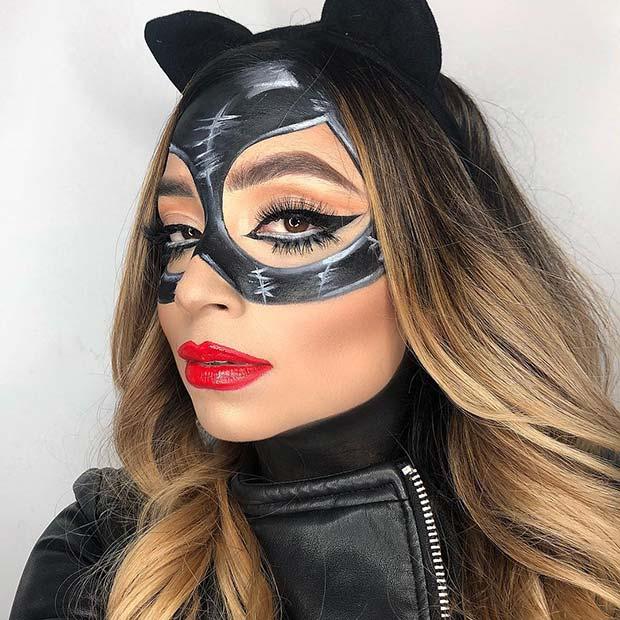 Sexy Catwoman Makeup Idea