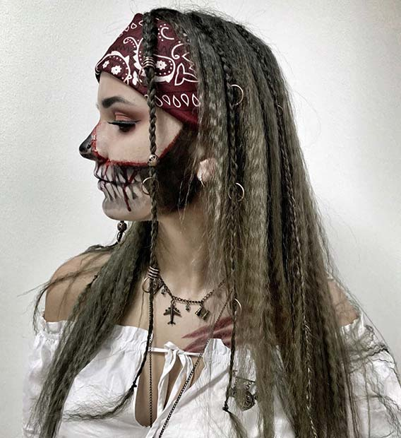 Pirate Hairstyle and Makeup Idea