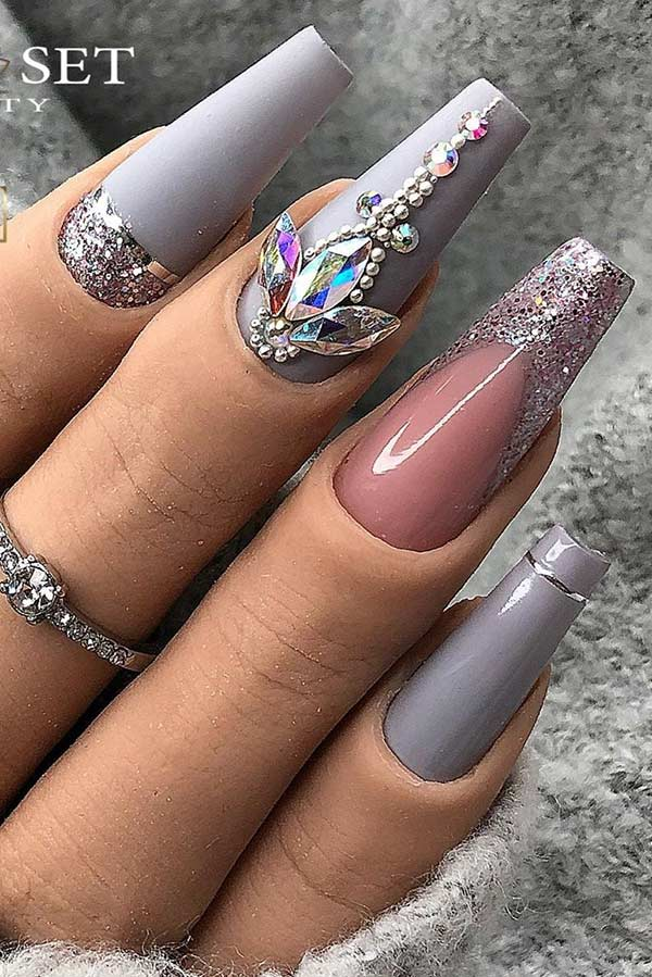 Matte Grey Nails with Glitter