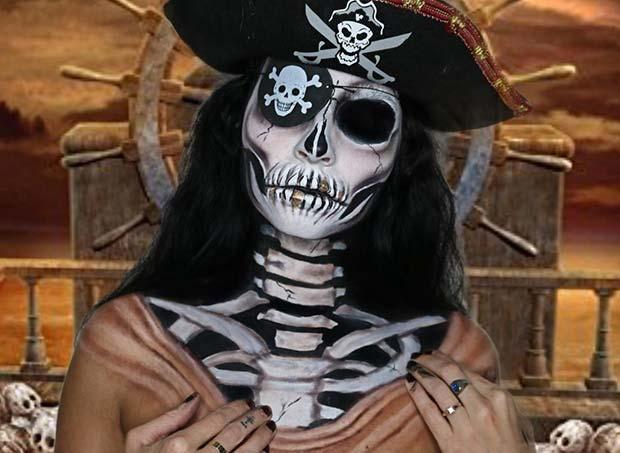 Skeleton Pirate Illusion